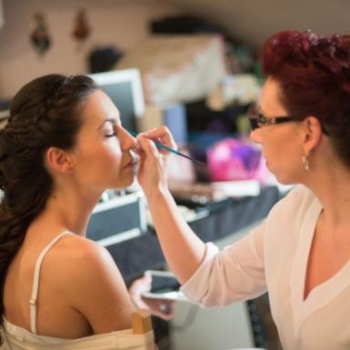 Veronica Calderón peluquera maquilladora especialista bodas novias eventos