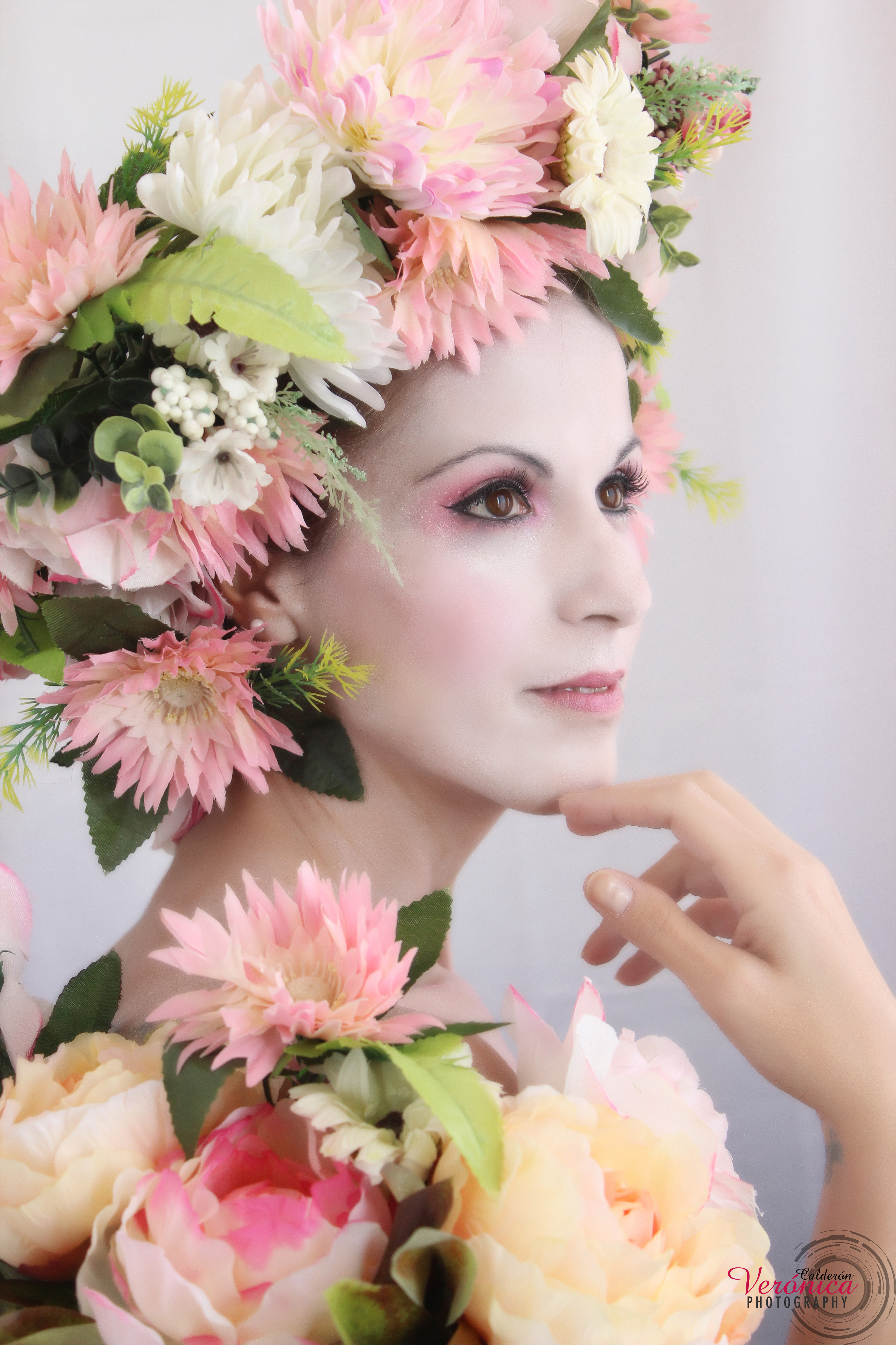 maquillaje fantasía tonos rosas piel pálida