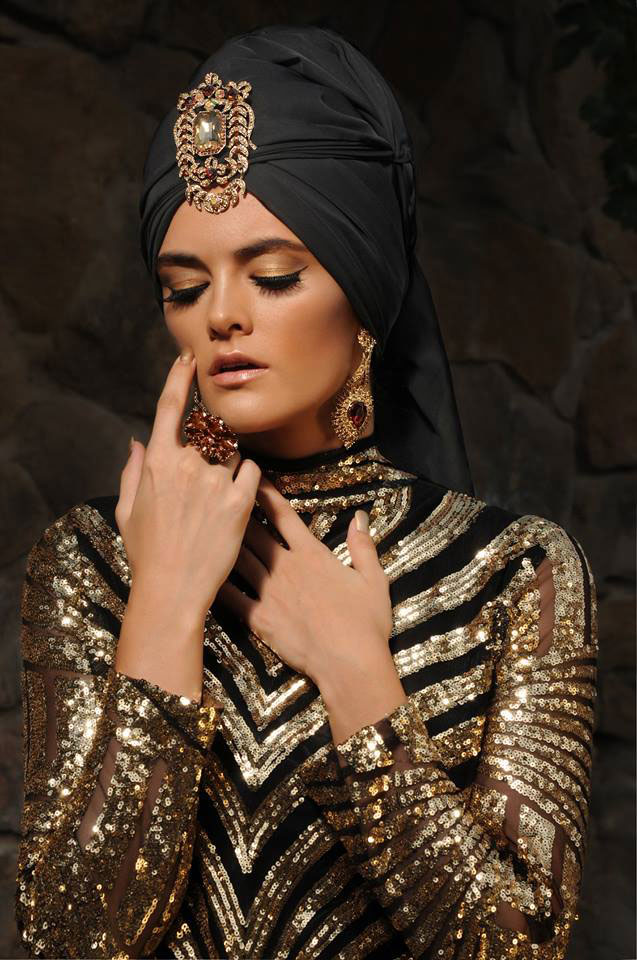 maquillaje sesión moda tonos dorados Verónica Calderón