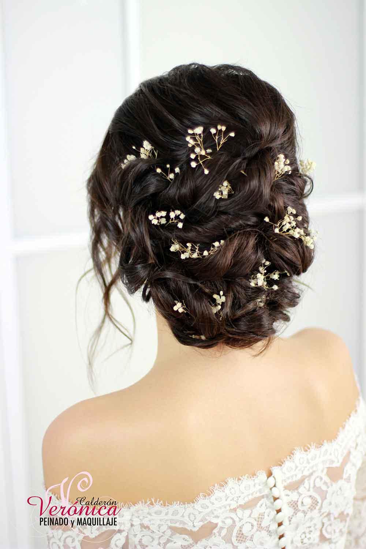 peinado-novia-mo+¦o-bajo-efecto-despeinado-semirecogido-ondas-suaves-retorcidos-paniculata-peluquería-domicilio-madrid-verónica-calderón