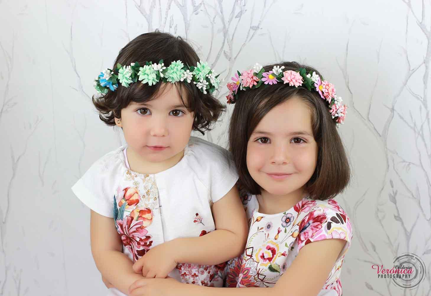 fotografía infantil sesión fotos corona flores Verónica Calderón